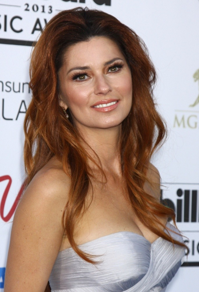 shania-twain-2013-billboard-music-awards-04