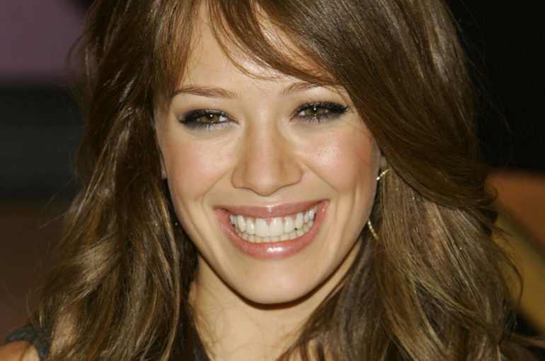 hilary_duff_smile_9866