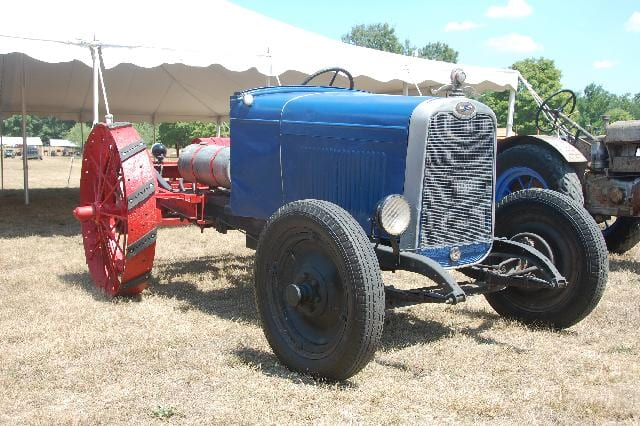 tractor10