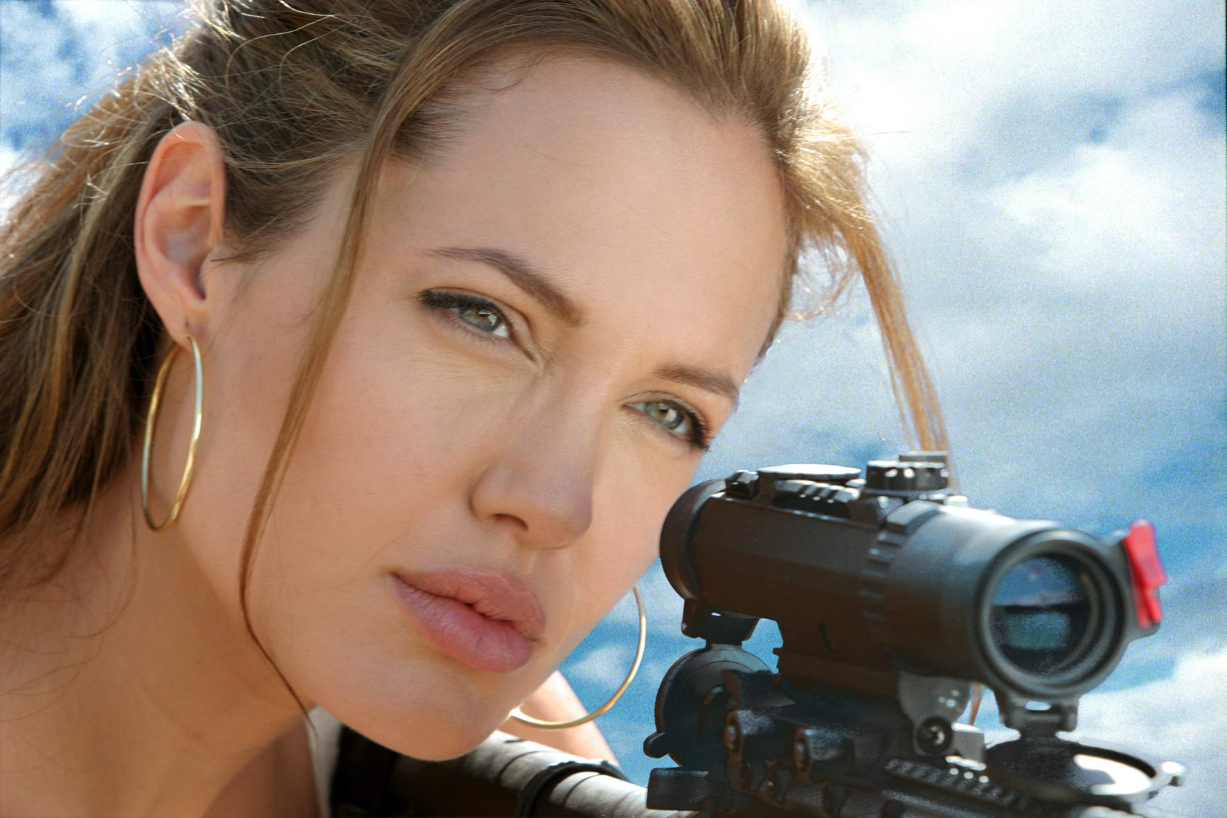 mr-mrs-smith-690813l