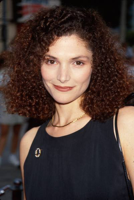 25445_Mary_Elizabeth_Mastrantonio_Profile_Picture