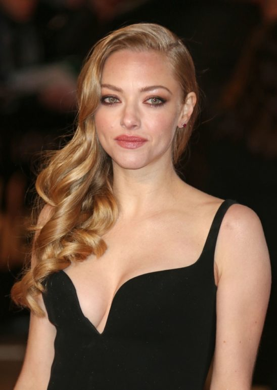 amanda-seyfried-blonde-hair-color