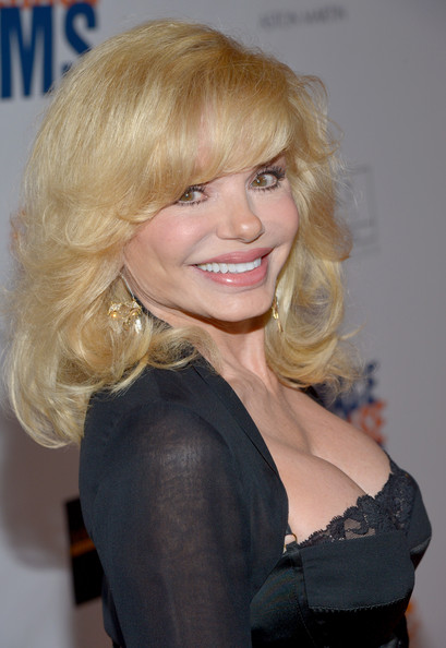 Loni-Anderson-breast-implants