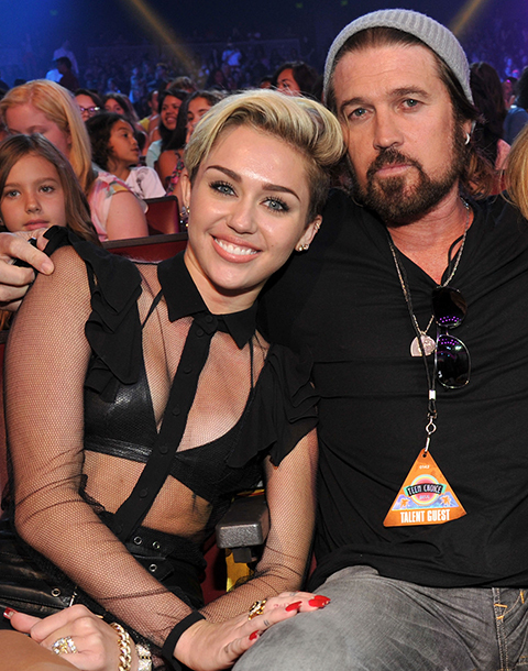 miley_cyrus_billy_ray_cyrus_vmas_480_191qdn4-191qdn8
