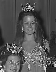 Mary Hart (formerly Mary Harum) as Miss South Dakota in 1970