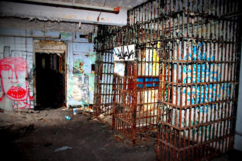 35-Scary-and-Haunted-Abandoned-Places-02