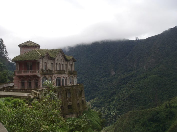 boca-do-lobo-blog-10-mysteriously-beautiful-abandoned-places-around-the-world1
