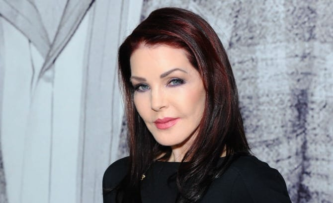 Priscilla-Presley-wedding-chapel