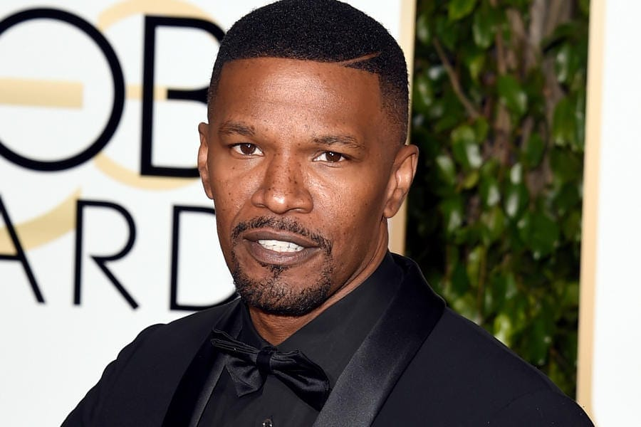 161001-news-golden-globes-jamie-foxx