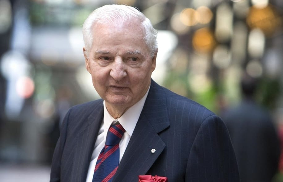 The 39 Richest Canadians Ranked By Wealth   KiwiReport