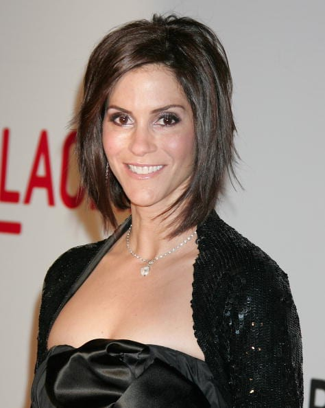 LOS ANGELES, CA - FEBRUARY 09: Actress Jami Gertz attends the Broad Contemporary Art Museum opening at LACMA on February 9, 2008 in Los Angeles, California. (Photo by David Livingston/Getty Images)