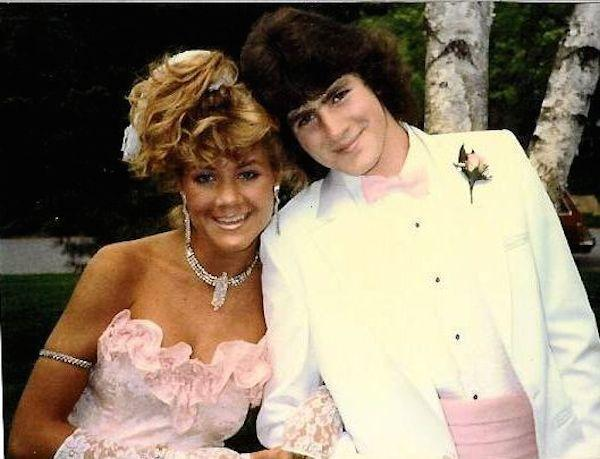 awkward-80s-prom-photos-make-me-glad-i-graduated-37-photos-2