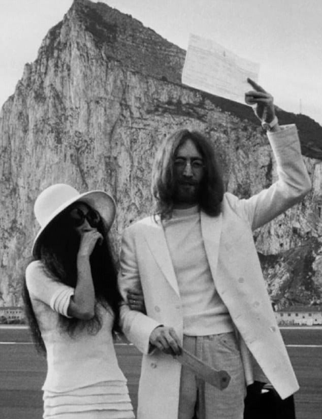 3222987600000578-3489541-Just_wed_John_and_Yoko_with_their_marriage_certificate_The_pictu-a-24_1458057006749