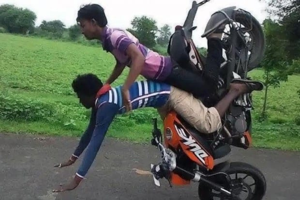 25-stunt-bike-fail-620x413
