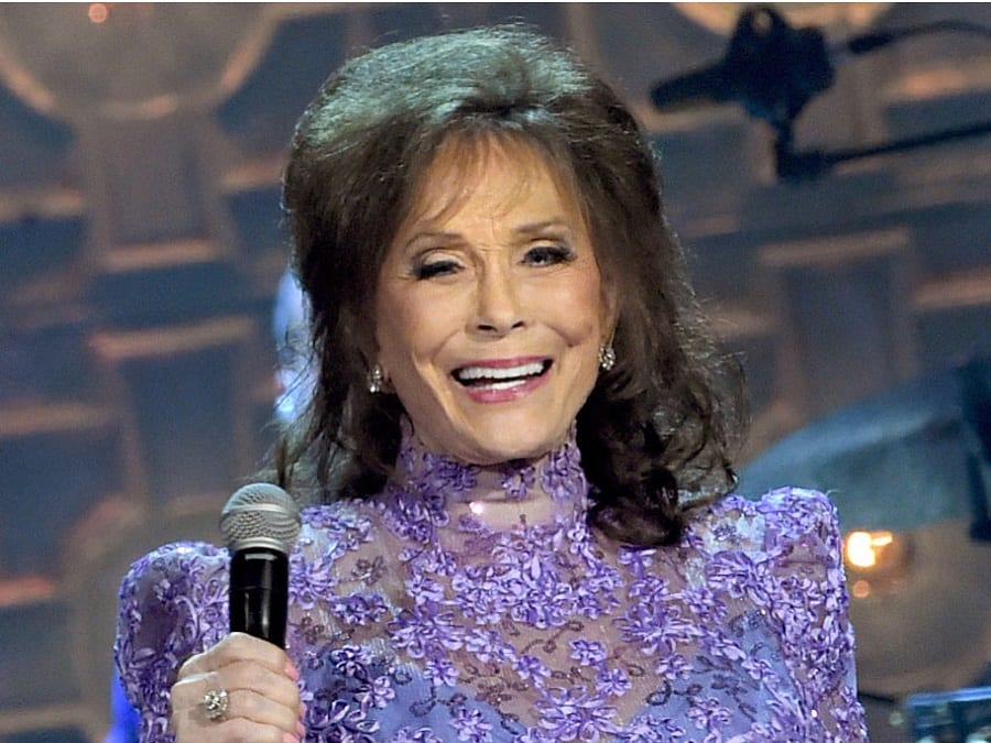 loretta-lynn-4 now