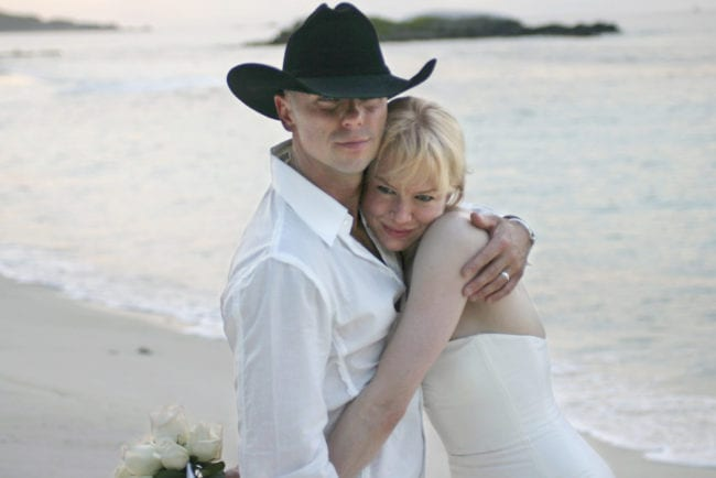 Renee Zellweger and Kenny Chesney Wedding - May 9, 2005