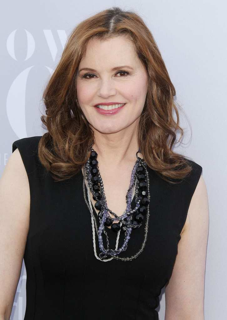 geena-davis-at-24th-annual-women-in-entertainment-breakfast-12-09-2015_1