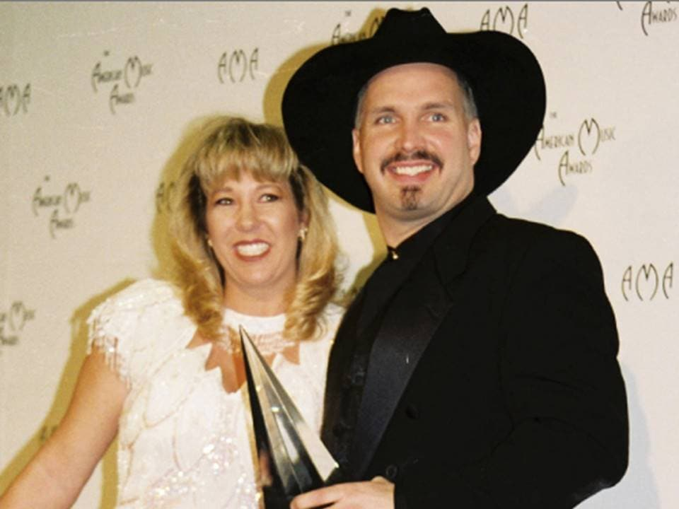 garth-brooks-with-sandy-mahl