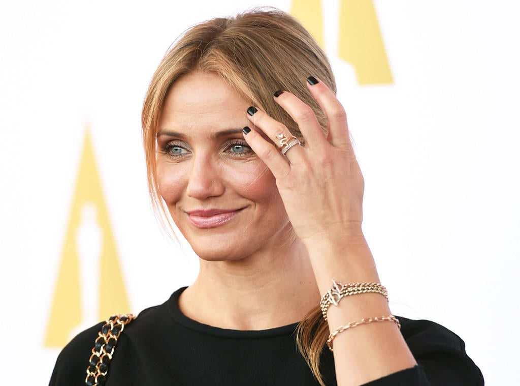 rs_1024x759-141010135840-1024.CAmeron-Diaz-Ring.ms.101014
