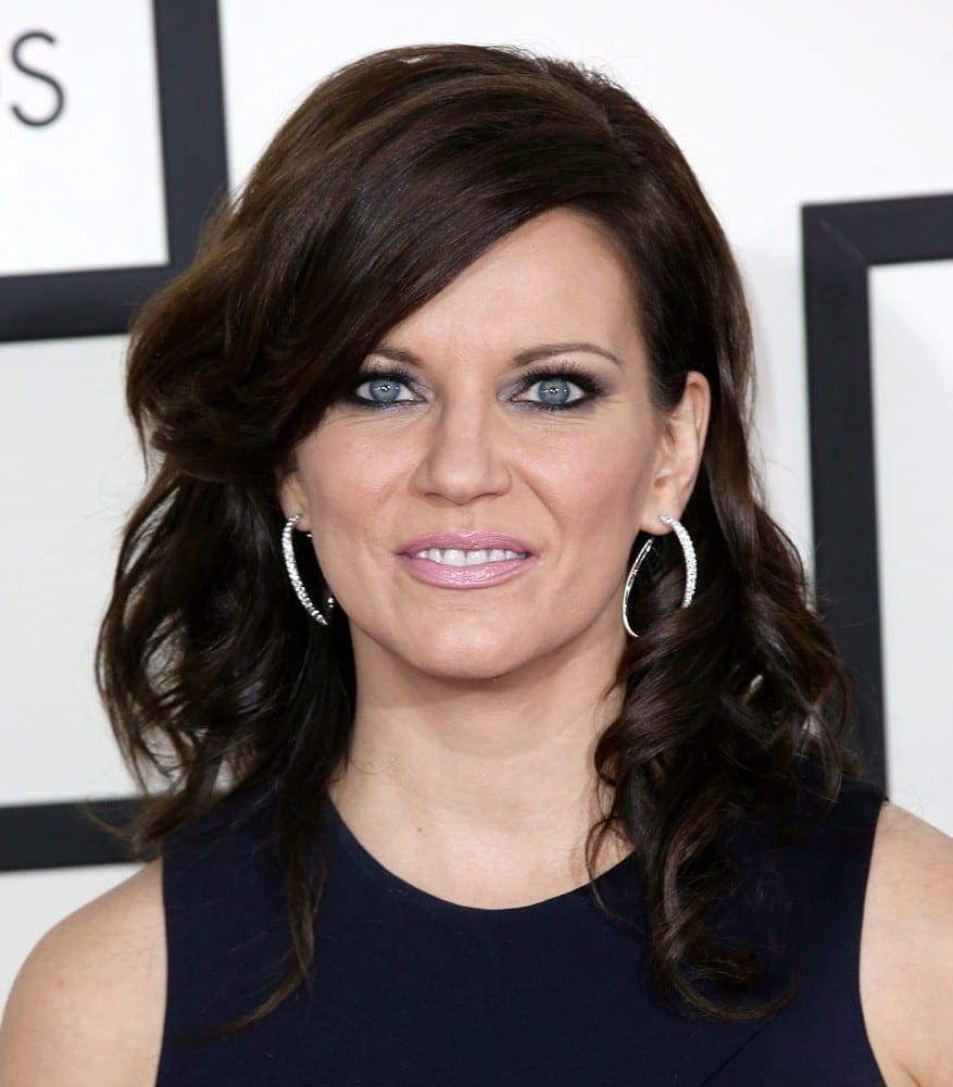 martina-mcbride-56th-annual-grammy-awards-01