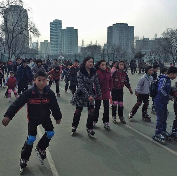 rollerblading-in-north-korea