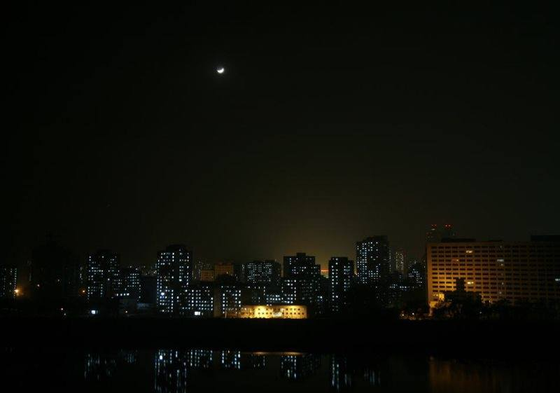pyongyang-at-night