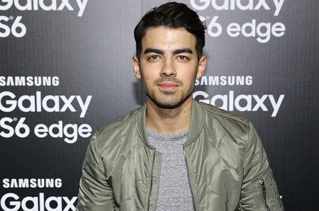 joe-jonas-samsung-galaxy-launch-billboard-650