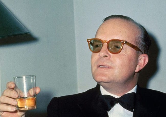 Truman-Capote-Cheers_1200-800x532gqqcT
