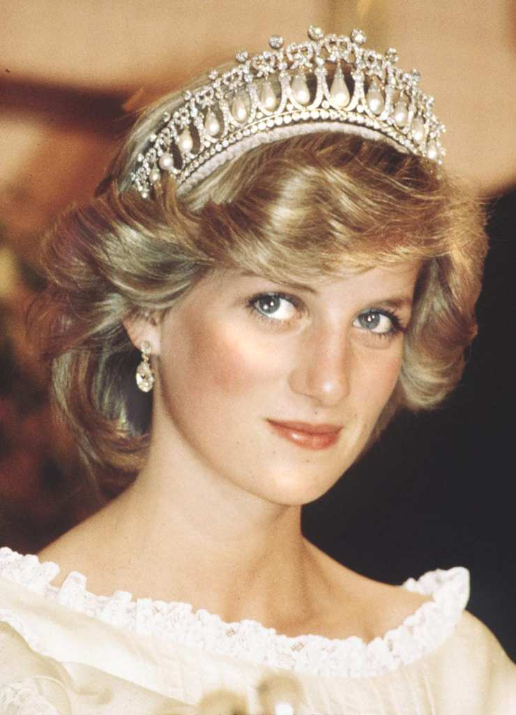 635928942569288406751416842_Looking-every-bit-princess-Diana-gorgeous-herxqZIZ