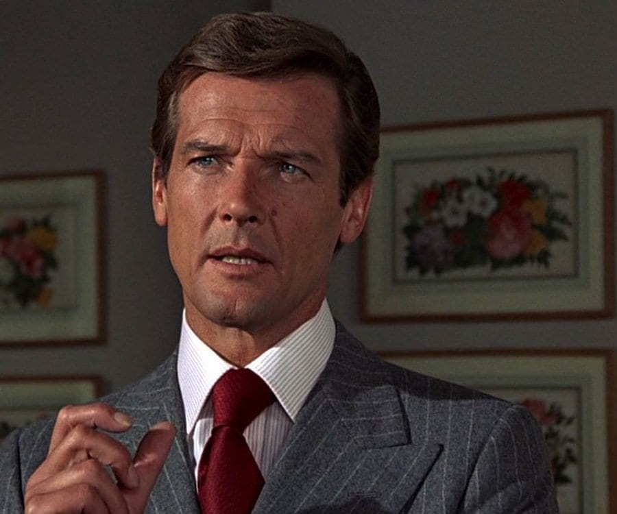 roger-moore-3