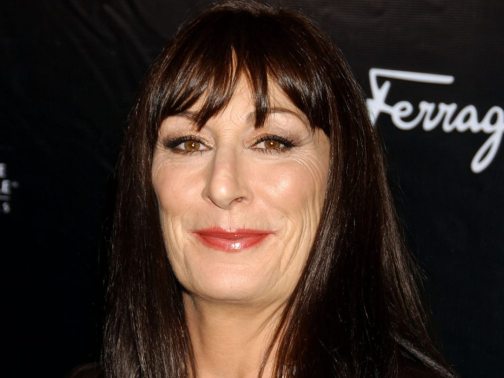 Anjelica-Huston-image-anjelica-huston-36112972-1024-768