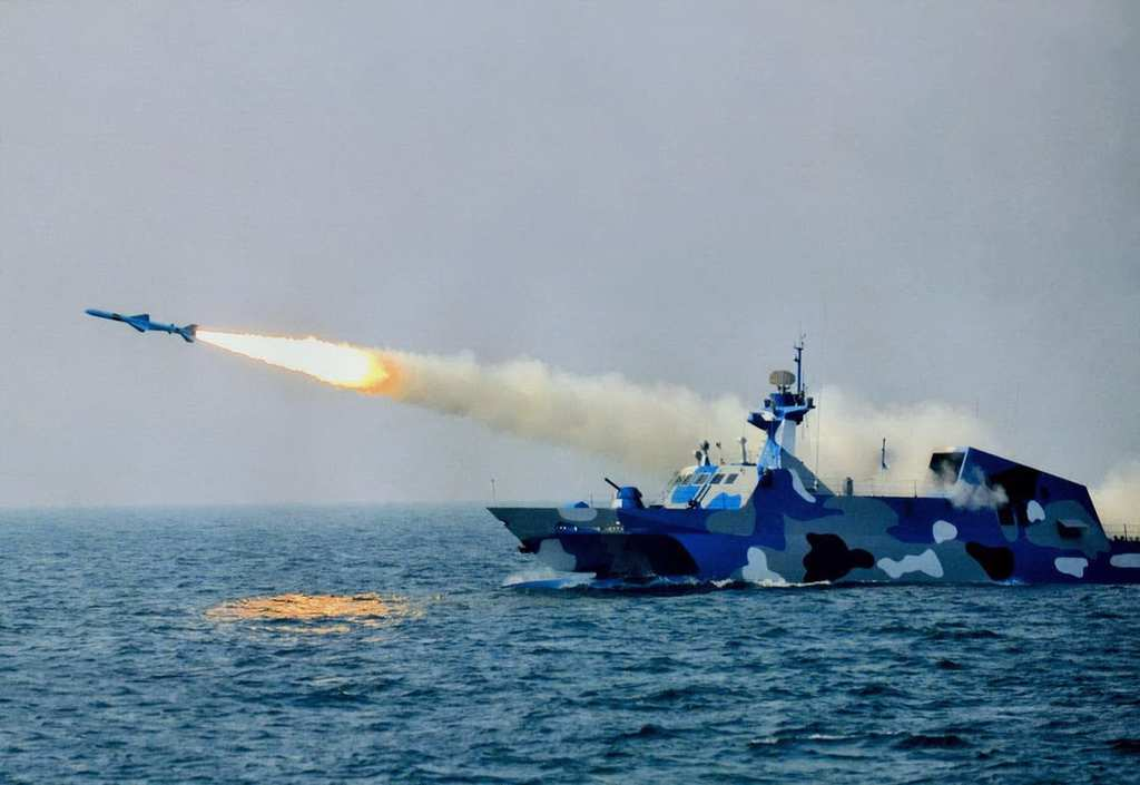 type-022missileboat2
