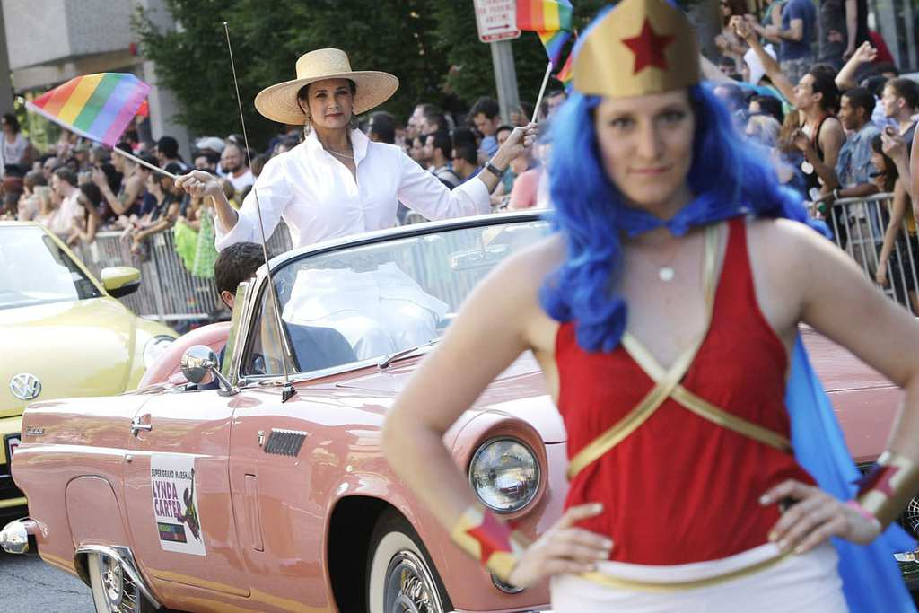 Lynda Carter, who played Wonder Woman on television, is the grand marshal for the gay-pride themed Capital Pride Parade in Washington, June 8, 2013. REUTERS/Jonathan Ernst (UNITED STATES - Tags: SOCIETY ENTERTAINMENT) ORG XMIT: WAS926