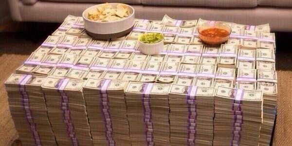a-single-tweet-could-win-you-this-giant-pile-of-money-and-guacamole