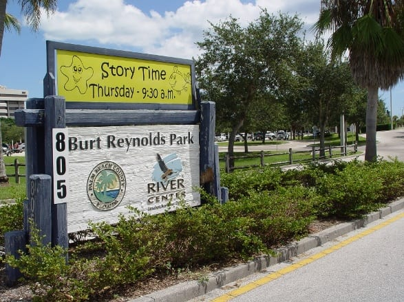 Entrance-to-Burt-Reynolds-Park-in-Jupiter-FL