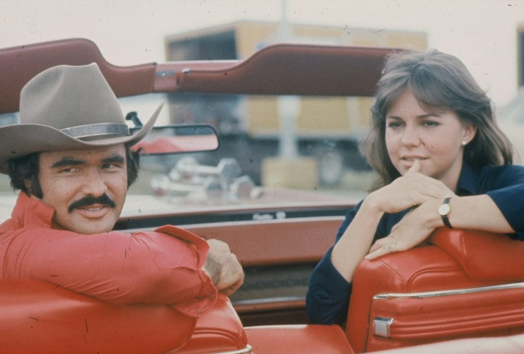 burt-reynolds-and-sally-field-in-smokey-and-the-bandit-1363973185