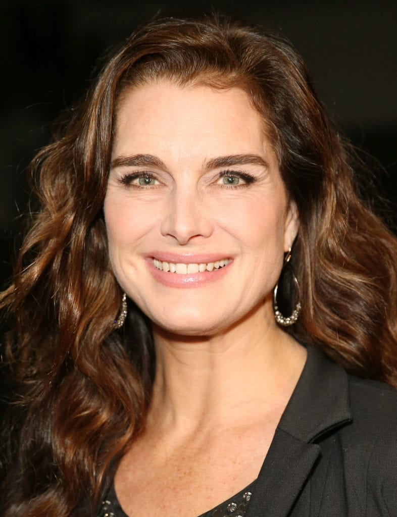 54fe6fb4eddc8-ghk-best-celebrity-eyebrows-brooke-shields-s2-786x1024