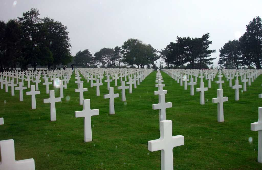 18-Normandy-American-Cemetery-and-Memorial