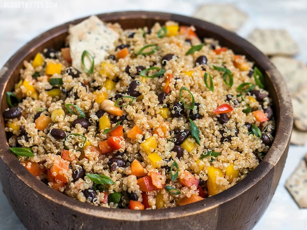 Smoky-Quinoa-and-Black-Bean-Salad-H