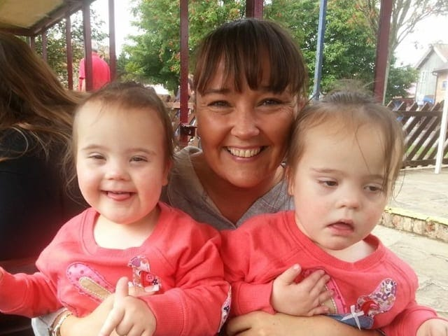 10-Jodi-Parry-and-her-twins