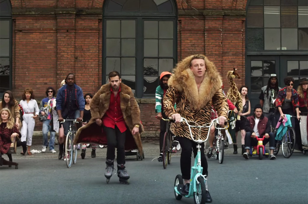 Macklemore-Ryan-Lewis-Thrift-Shop-still-billboard-650-1548