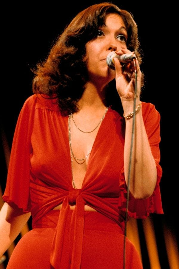 a80e55b5d5c71722d22c989e2a82b6e5-karen-carpenter-the-carpenters