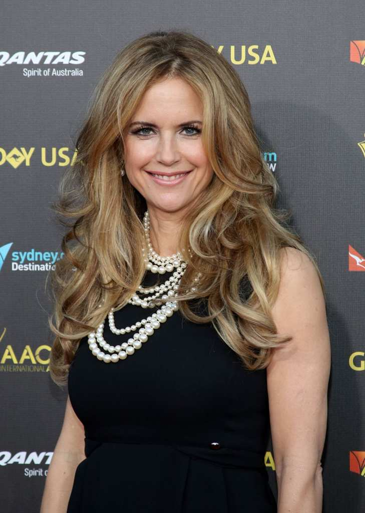kelly-preston-at-2015-g-day-usa-gala-in-los-angeles_1