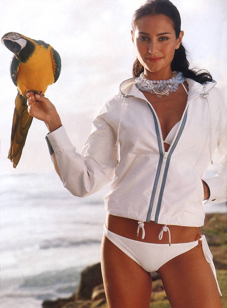 EmmaHeming-CountryClubChic-ChrisMilitscher-marieclaireUS2003June-zob