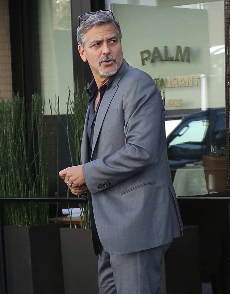George-Clooney-Funniest-Paparazzi-Pics-of-The-Week-1024-2015
