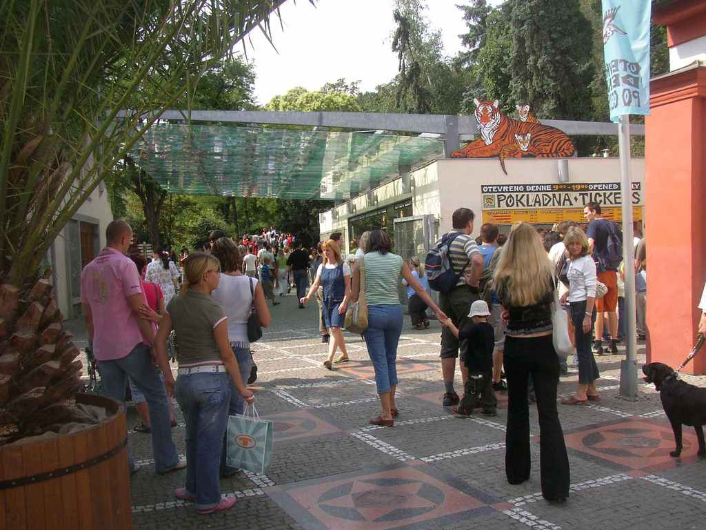 0018-prague-zoo-entrance