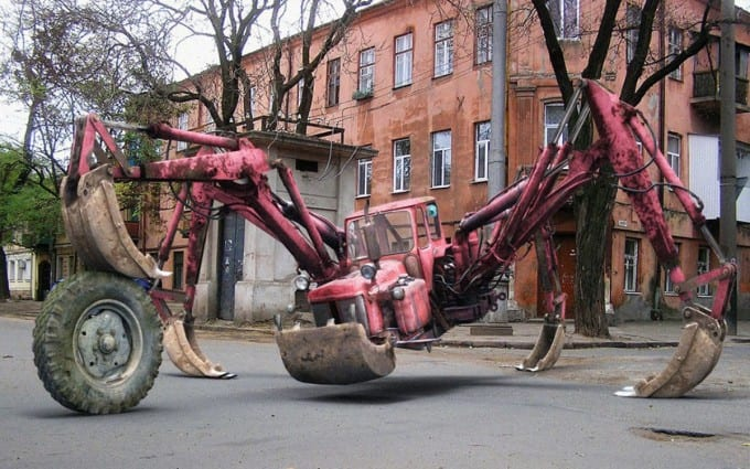 Amazing-spider-style-tractor-vehicle-wallpapers-680x425