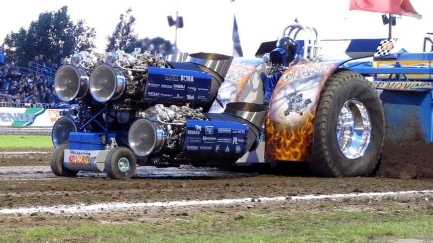 crazy-tractor-pull-with-quad-jet