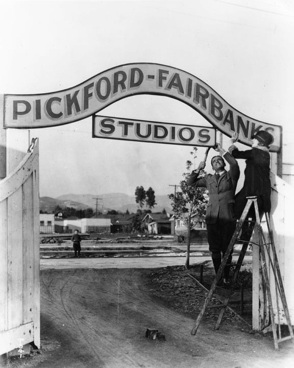 Pickford-Fairbanks_Studios_2