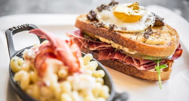 100dollar-grilled-cheese-chicago-041014